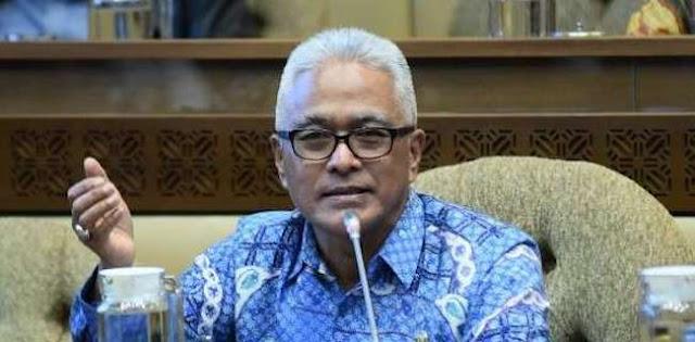 Gubernur Dipilih Rakyat, Tidak Bisa Serta Merta Dicopot Lewat Instruksi Mendagri