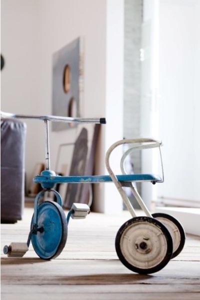 10 Ide Gunakan Sepeda Roda Tiga untuk Mendekorasi Rumah