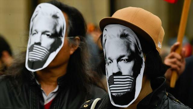 """Cargos a Assange muestran fin de libertad de expresión en EEUU"""