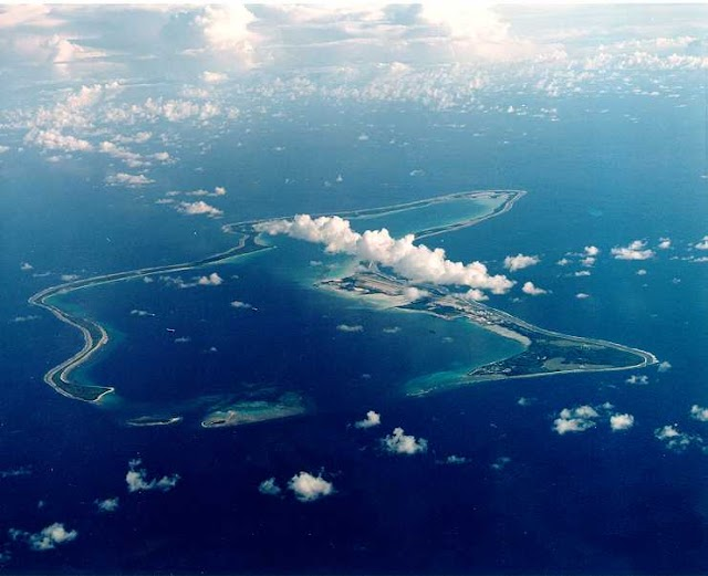 Diego García, la isla que fue despoblada por el Reino Unido para construir una base militar cedida a EEUU