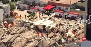 hotel china runtuh