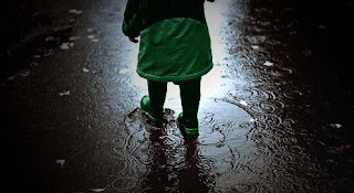 rain_walk_wallpaper.jpg