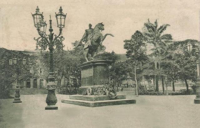 Plaza Bolívar Antigua de Caracas