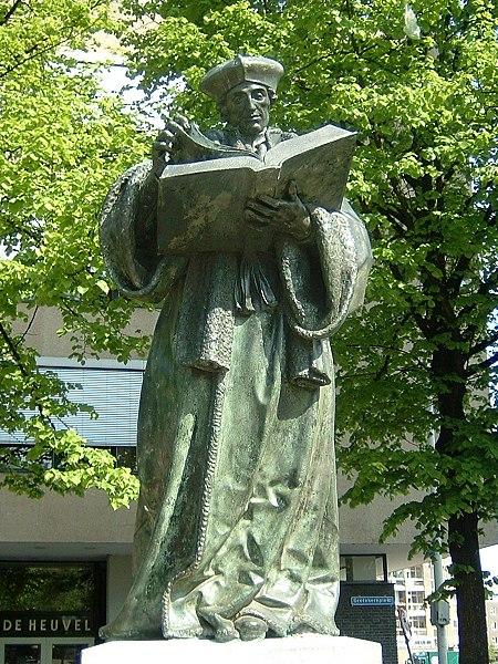 Statue of Erasmus of Rotterdam