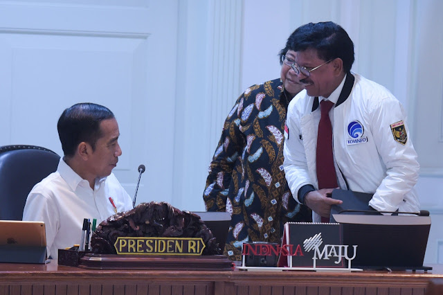 Blokir Internet Papua, PTUN Vonis Presiden Jokowi dan Menkominfo Johnny Plate Langgar Hukum