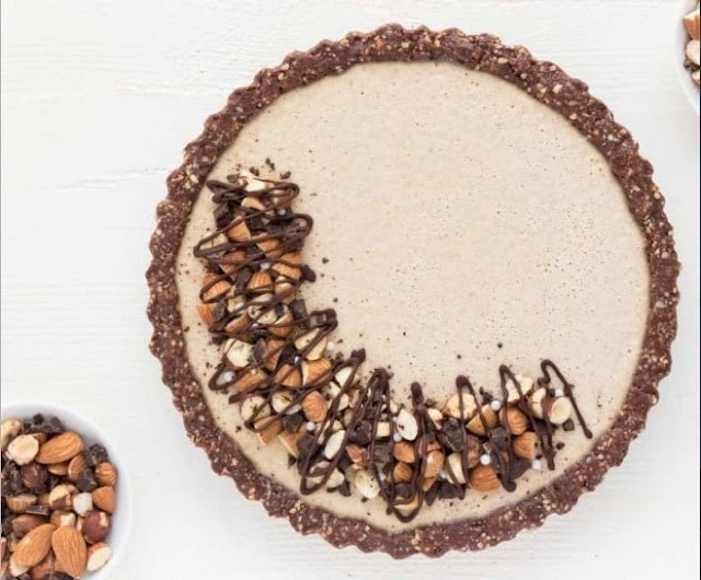 No-Bake Vegan Chocolate Almond Cheesecake #vegan #recipes