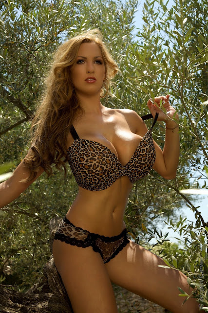 Jordan-Carver-Jane-hot-sexy-photo-shoot-hd-image-2