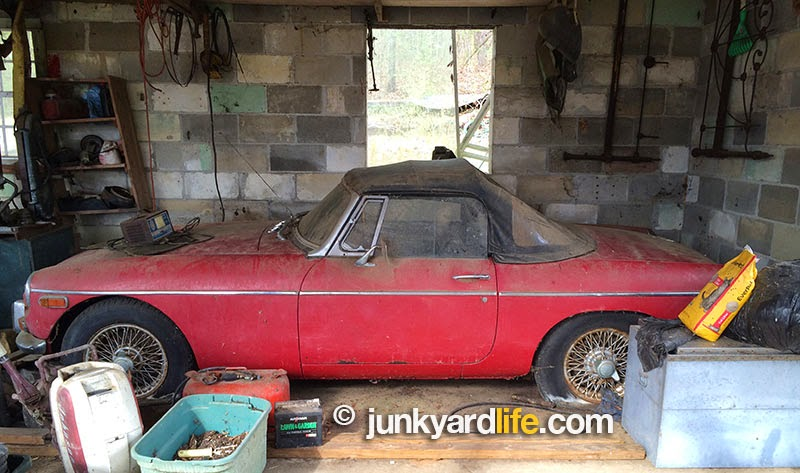 1972 MGB located in a storage shed in Pell City, Alabama after 20 year hiatus.