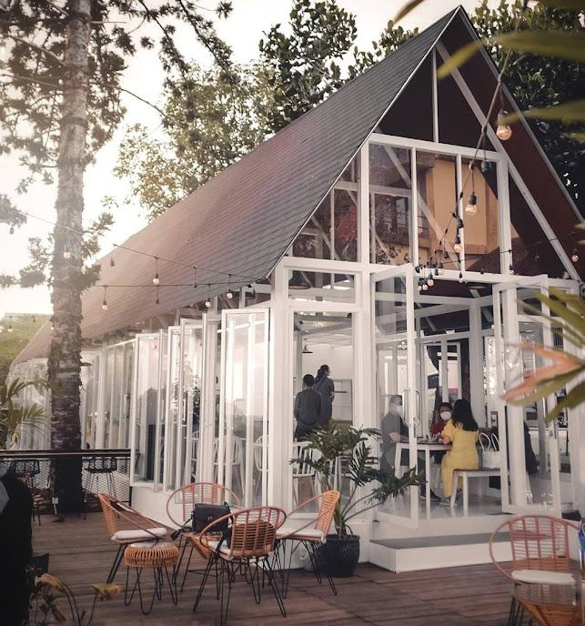 Lokasi & Harga Menu Edelweiss Cafe Tea & Coffee Bandung