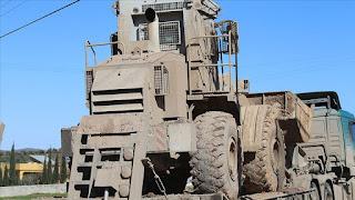 الجيش التركي يرسل جرافات مصفحة إلى نقاط المراقبة في إدلب