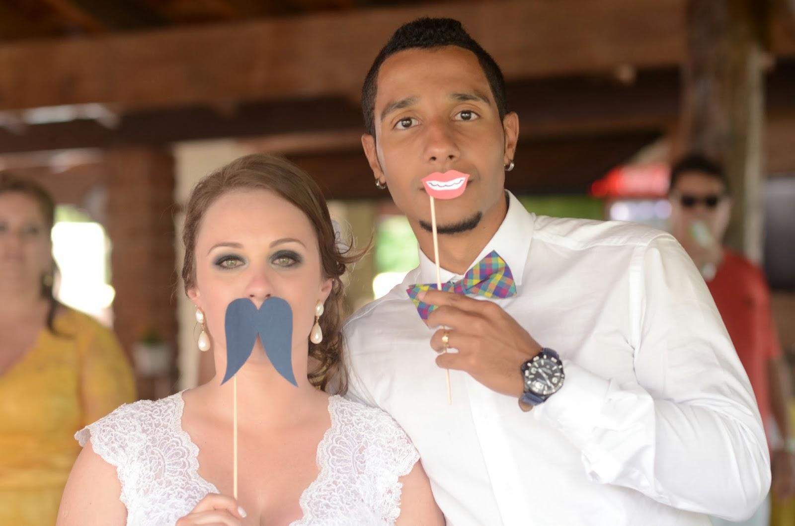 photobooth-noivos-casamento-dia-azul-amarelo