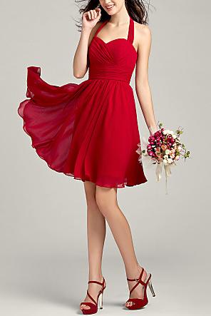 9bb3cd219 Para pieles oscuras es mejor utilizar vestidos de colores luminosos o  claros
