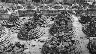 Candi Borobudur Menghilang dan Ditemukan Kembali