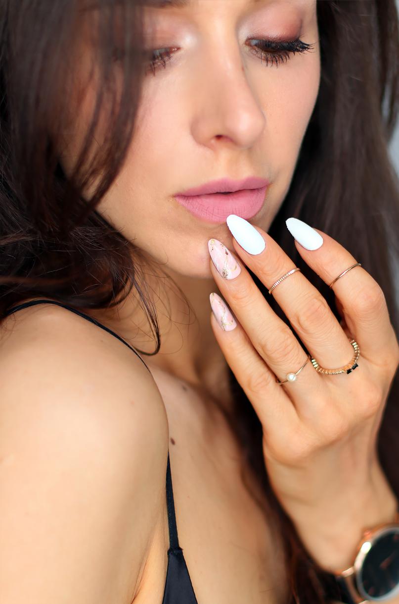 Alina Rose Blog Kosmetyczny Biel I Marmurowe Pastelowe Paznokcie