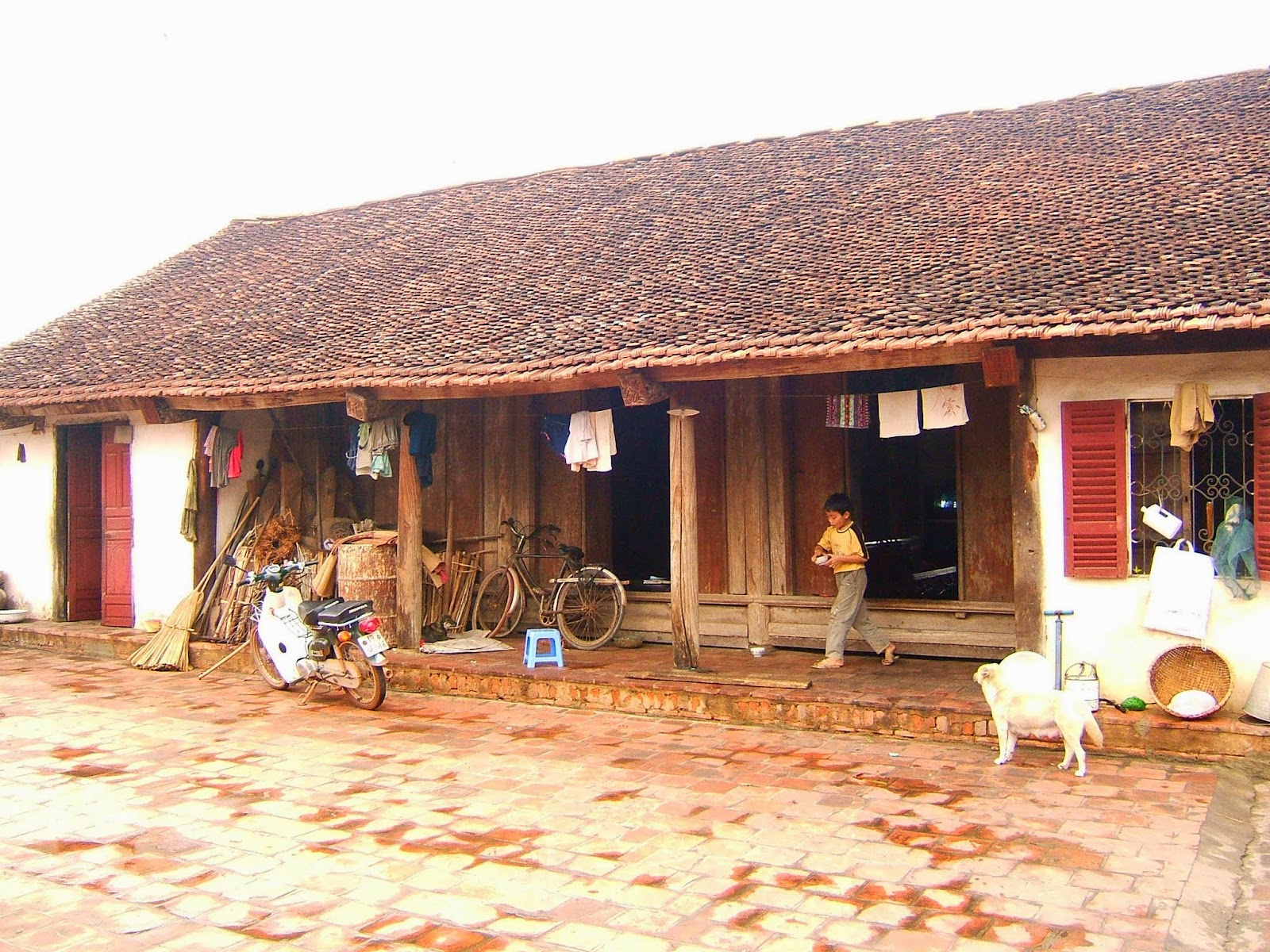 Viet House - Vietnamese villages daily life habits and costumes