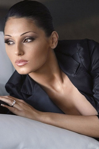 Anna Tatangelo-Lips-Hot-Body-Parts