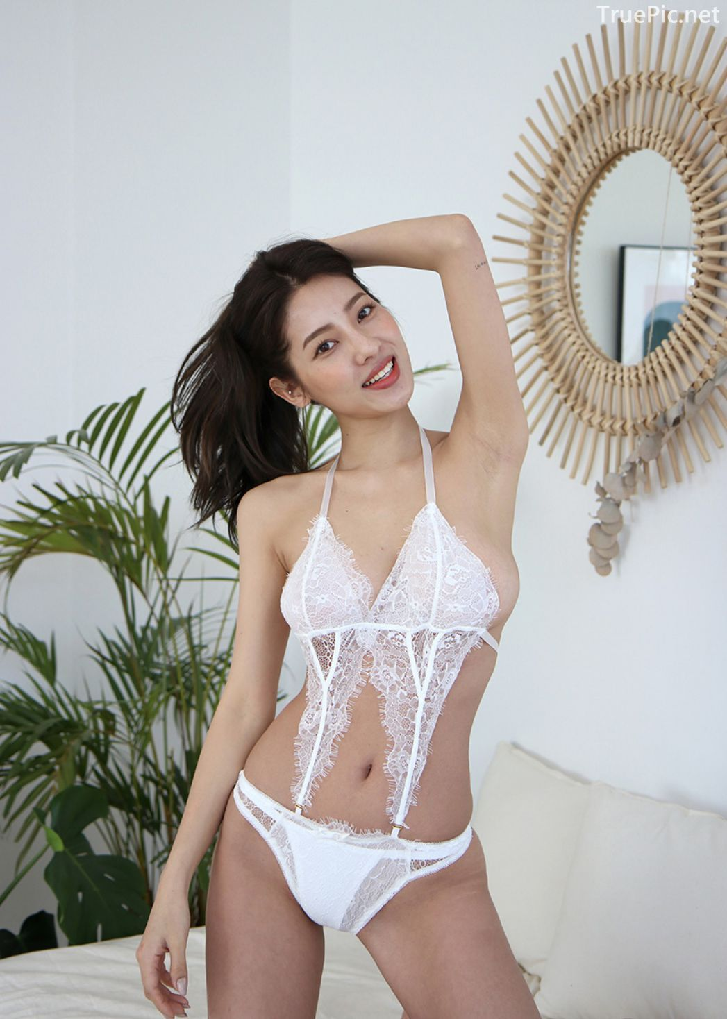 Jeon Ji Su - Bohemian lace white Lingerie - Korean model and fashion - Picture 8
