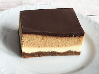 Ciasto sernik z polewą z czekolady