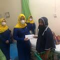 PIKK PLN ULP Tembilahan Jenguk Siti Mardiah di RSUD Puri Husada