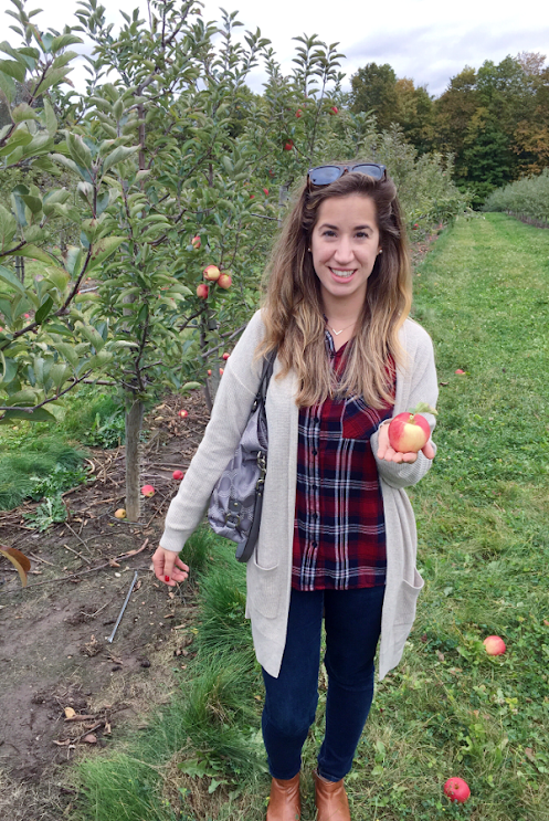 Apple Picking Outfit, red plaid outfits for women