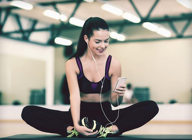 Penjelasan Tentang Efek dari Berolahraga sambil Mendengarkan Musik