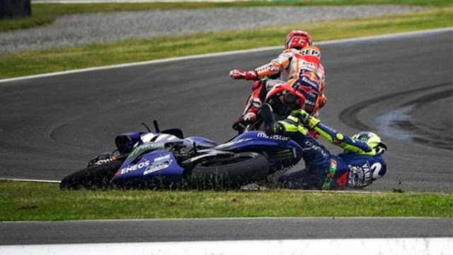 Ternyata, Rossi Tak Kalah Kotornya dengan Marquez