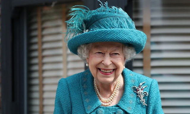 Queen Elizabeth visited the set of the world's longest running soap opera, Coronation Street