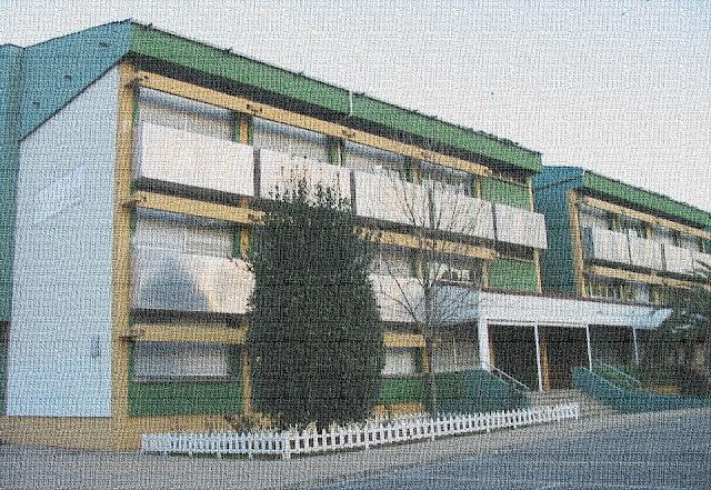 Fachada del instituto Rosario de Acuña de Gijón