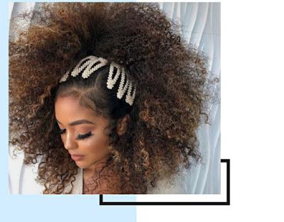 """<img src=""""Healthy hair.png"""" alt=""""A woman's healthy hair"""">"""