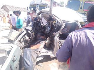 accident,crime,ट्रक और ओमिनी का भीषण एक्सीडेंट