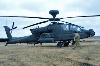 Helikopter Apache AH-64E