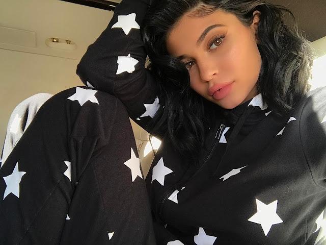 Kylie-Jenner-Sick-st-Home-Instagram-Image