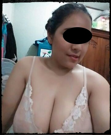 Abg Endut Sexy Toket Besar Selfie Bugil