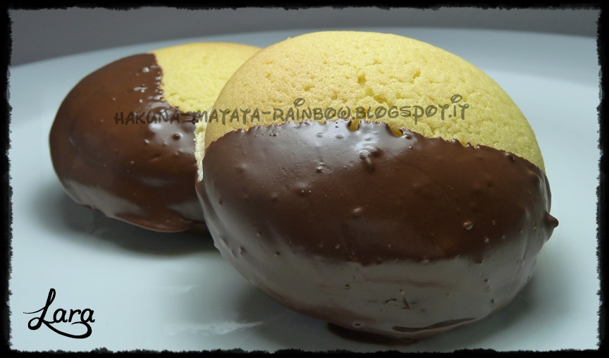 http://cucinaconlara.blogspot.it/2015/04/simil-baci-di-dama-calabresi.html