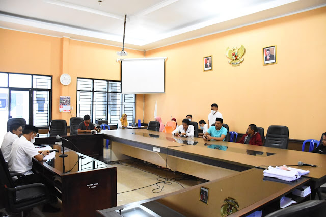 Masyarakat Sangiasseri Mengadu ke DPRD Soal Penebangan Pohon Mahoni