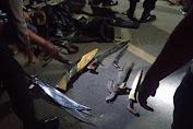 Bawa Sajam, 7 Pria Diringkus Petugas di Pos Covid-19 Perbatasan Mitra-Boltim