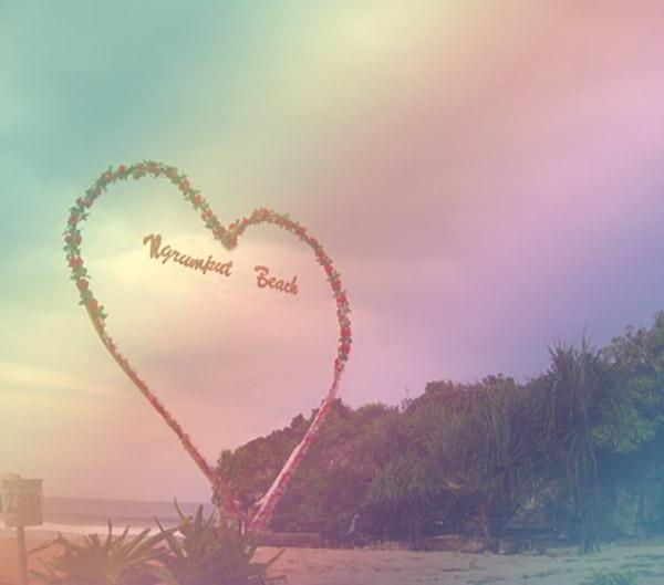 Taman Cinta Pantai Ngrumput