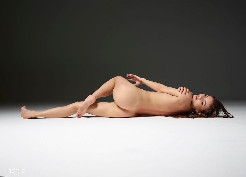 Hegre Veronika V Intimate Moments - idols