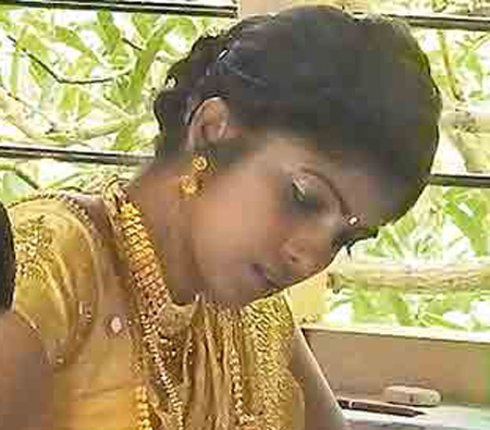 Newlywed bride writes exam minutes after wedding, Marriage, Religion, Examination, Student, Local-News, News, Kerala