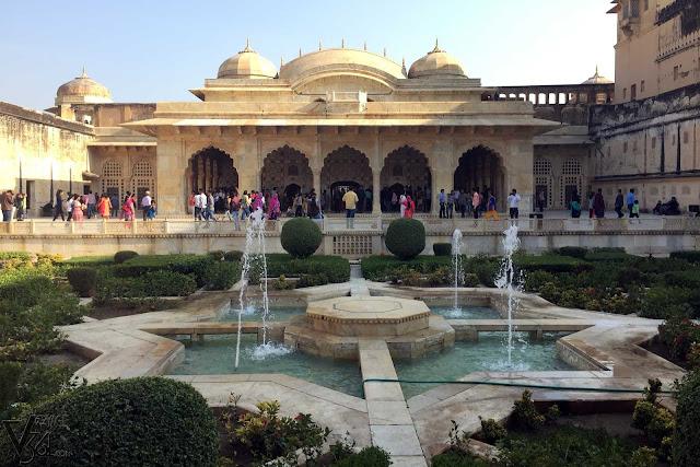 Sheesh Mahal and the gardens