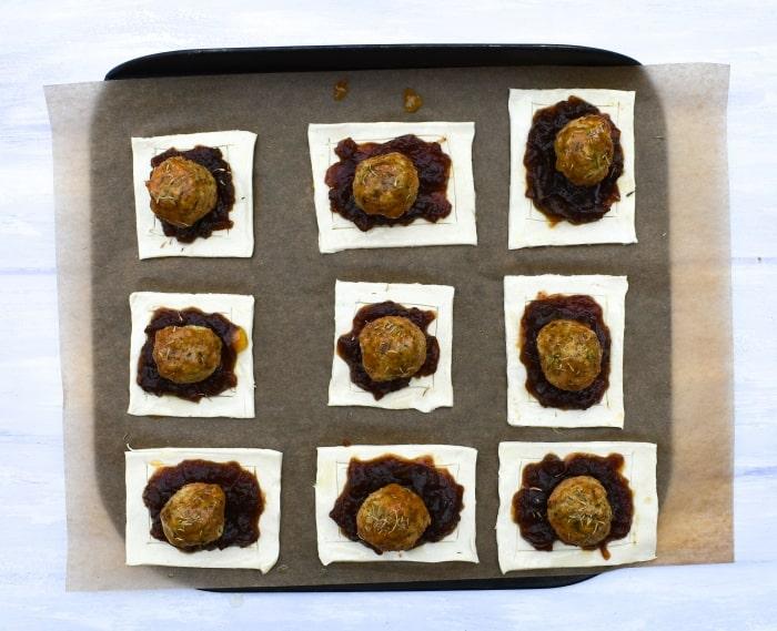 Making falafel onion pies - step 5 - falafel glazed