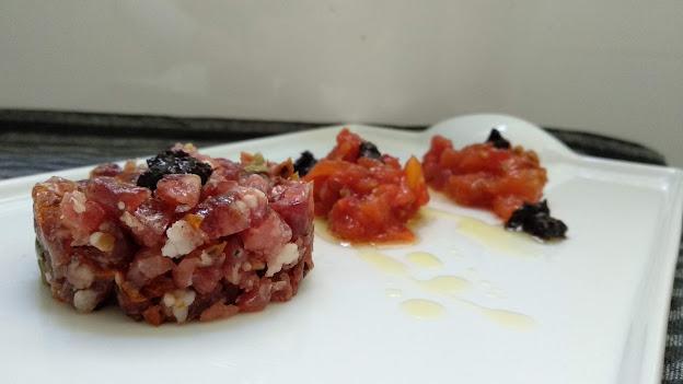 tartar de tomaca confitada i secallona