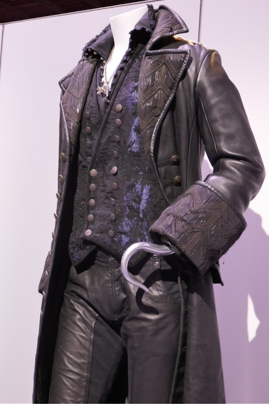 Colin ODonoghue Hook costume Once Upon a Time