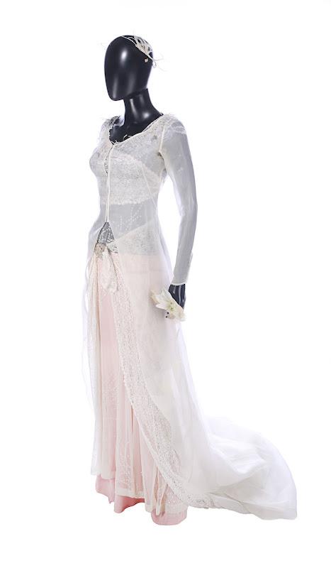 Keira Knightley Love Actually Juliet wedding dress