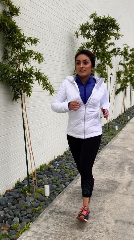 lululemon-down-for-a-run-jacket pace-rival crop