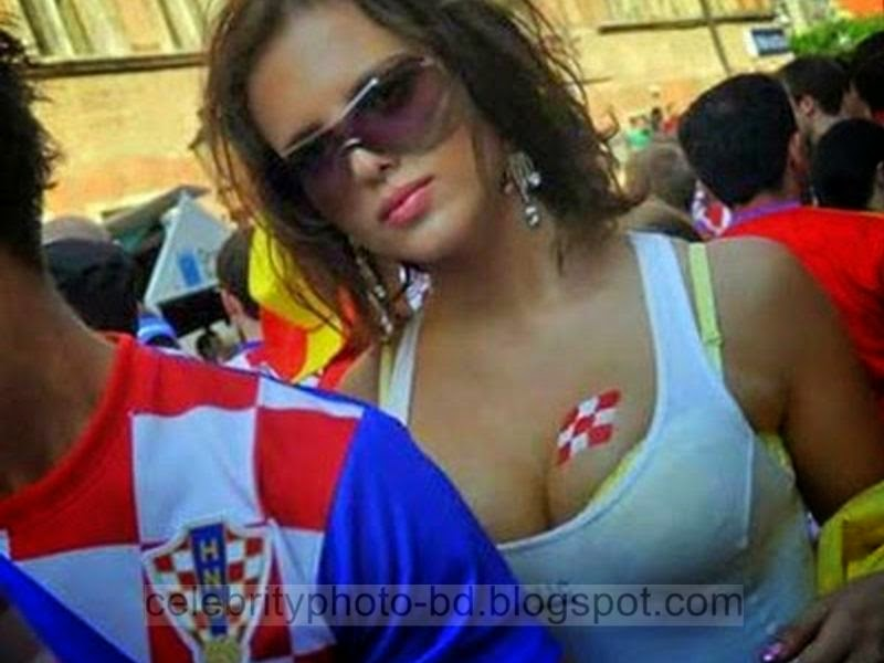 Croacia Republika Hrvatska And Ecuador's Sexy And Hot Fans Photos In World Cup 2014