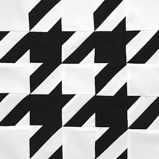 houndstooth quilt block black and white