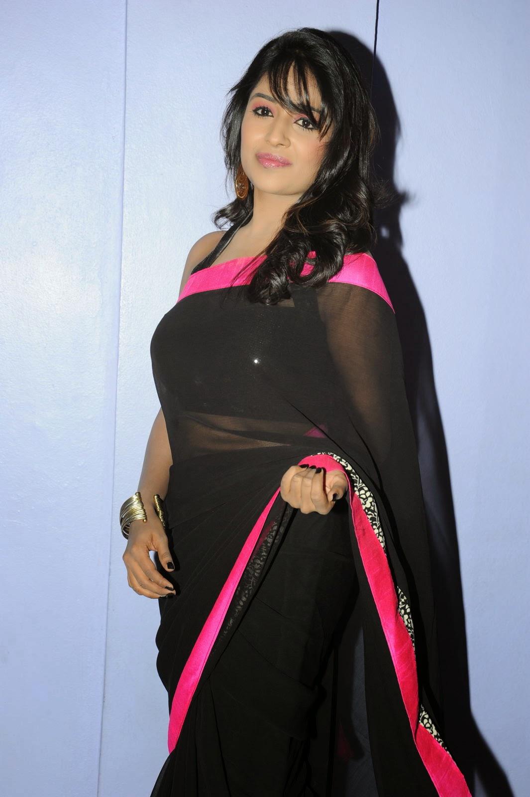 Isha Ranganath glam pics in saree-HQ-Photo-15