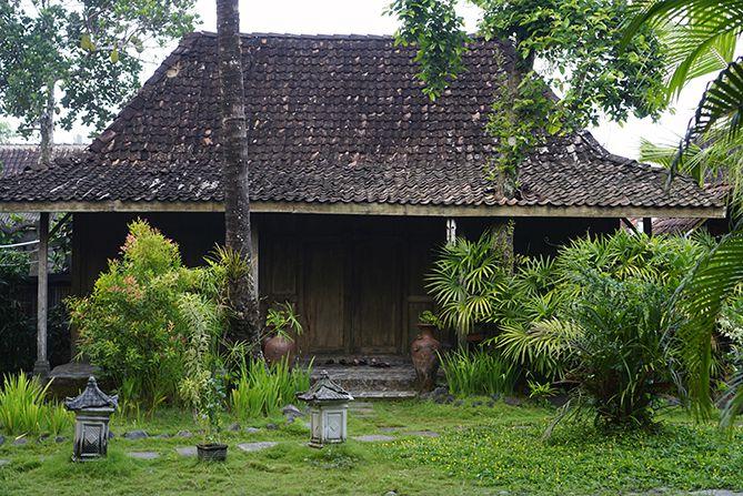 Rumah-rumah yang digunakan sebagai tempat inap di Desa Wisata Tembi