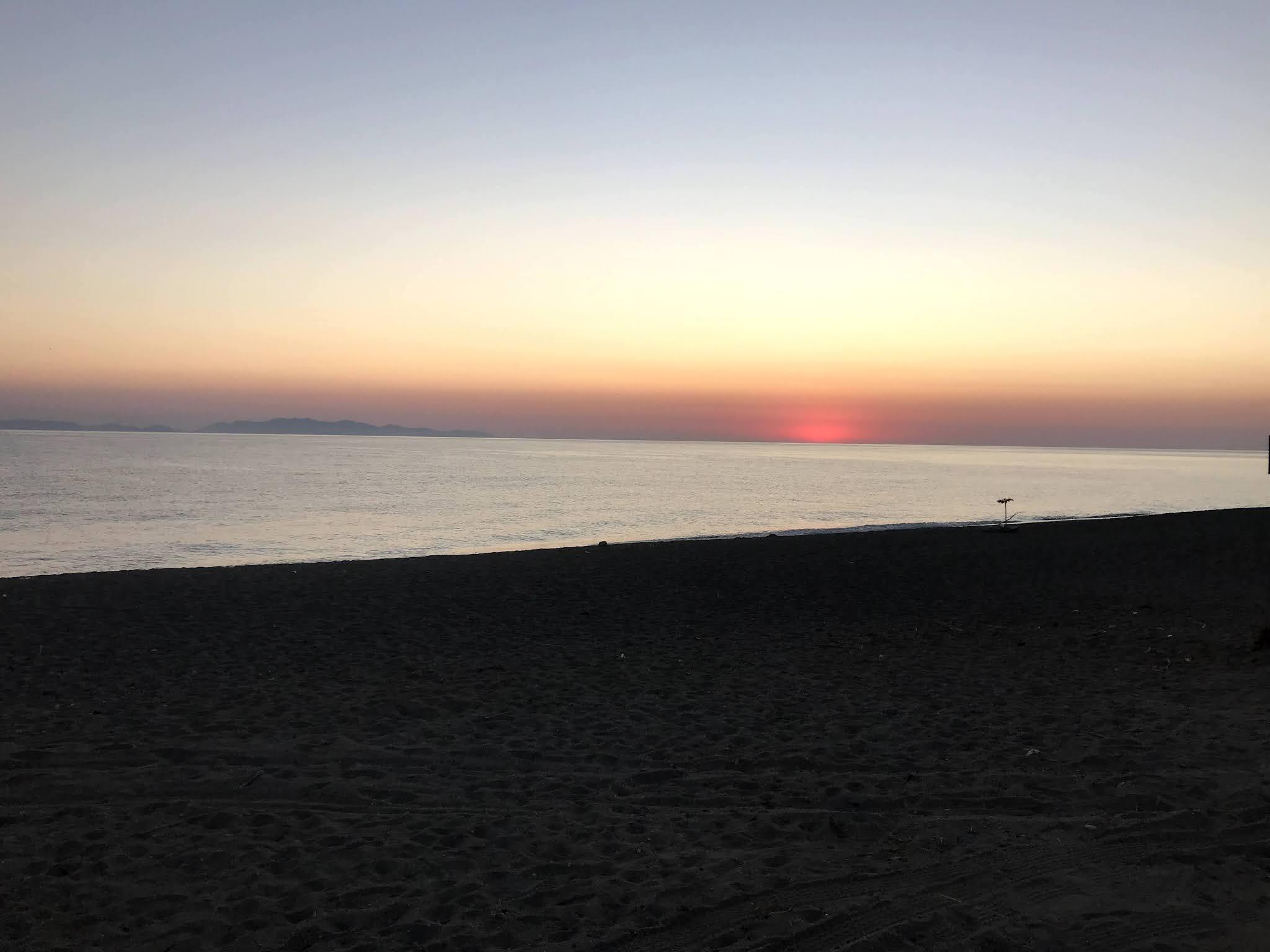 Ανατολή ηλίου στην Μουρτερή